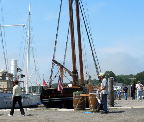 Plein air painter at Mystic Seaport