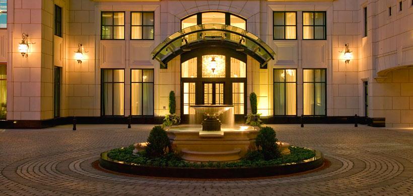 Elysian hotel courtyard
