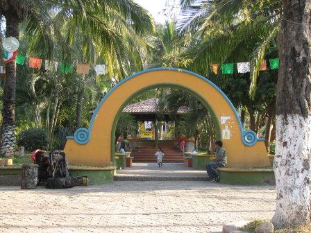 Sayulita town plaza