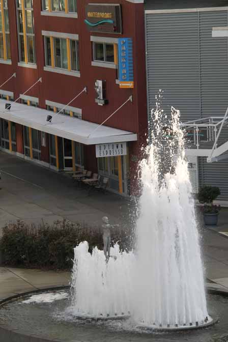 Water sculpture at lower park & Uptown Espresso