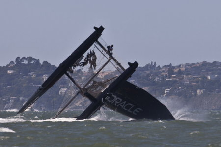 A specacular crash of the AC45 during a training run