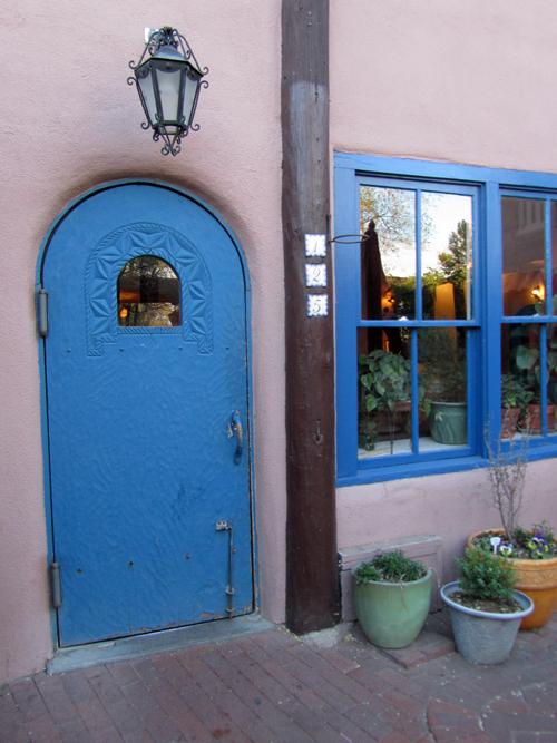 Taos Inn Entrance